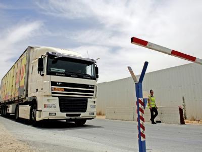 Beton und Eisenträger werden weiter nicht in den Gazastreifen gelassen.