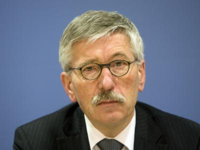 Thilo Sarrazin (SPD) ist nach Äußerungen über Ausländer entmachtet worden.