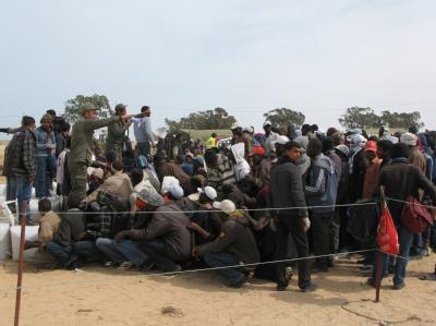 Flüchtlinge aus Libyen in einem Camp an der tunesischen Grenze.