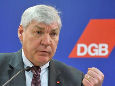 DGB-Chef Sommer ruft Union und FDP zu einer «Politik der sozialen Balance» auf.