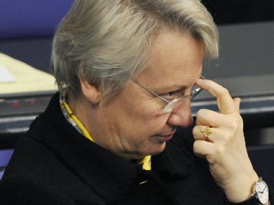 Annette Schavan will sich im Bundestag auch außerhalb der eigenen Fraktion auf die Suche nach Verbündeten begeben.