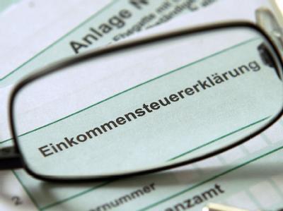 Union und FDP wollen bei ihrem Koalitionsgipfel am kommenden Freitag auch über das Streitthema Steuern beraten. Symbolfoto: Oliver Berg
