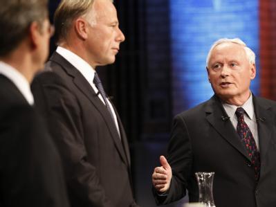 Der TV-Dreikampf: (l-r) Guido Westerwelle (FDP), Jürgen Trittin (Grüne) und Oskar Lafontaine (Die Linke).