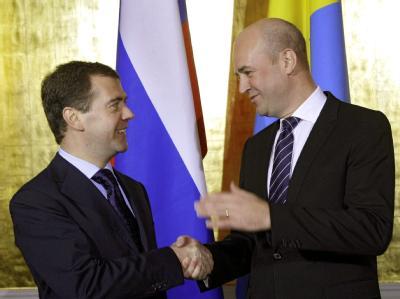 Russlands Präsident Medwedew zusammen mit Schwedens Regierungschef Reinfeldt in Stockholm.
