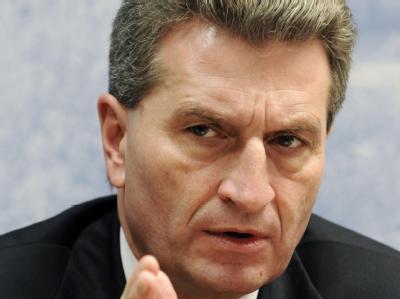 Der baden-württembergische Ministerpräsident Günther Oettinger wird EU-Kommissar für Energie. (Archivbild)