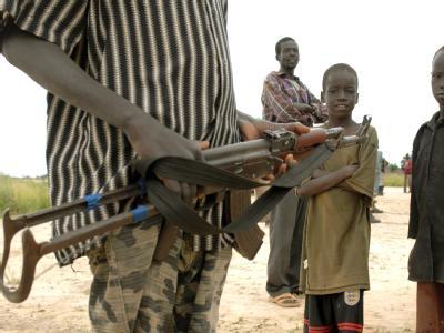 Bewaffneter im Sudan