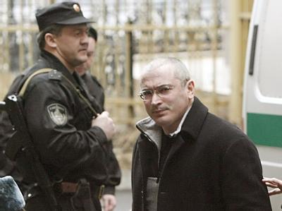 Chodorkowski vor einem Gerichtstermin im März in Moskau.