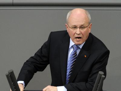 Unions-Fraktionschef Volker Kauder: «Ein Ministerpräsident darf nicht gegen Geld vermarktet werden. Punkt».