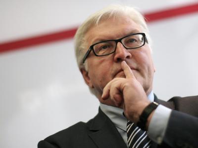 SPD-Fraktionschef Frank-Walter Steinmeier würde Neuwahlen begrüßen.