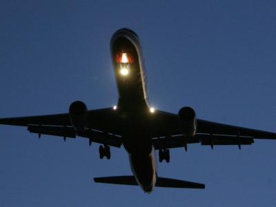 Verkehrsminister Ramsauer ist angesichts der aktuellen Probleme im Reiseverkehr für eine Lockerung des Nachtflugverbotes.