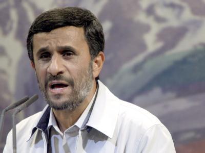 Irans Präsident Ahmadinedschad wirft westlichen Ländern «Einmischung» in die iranischen Wahl vor.
