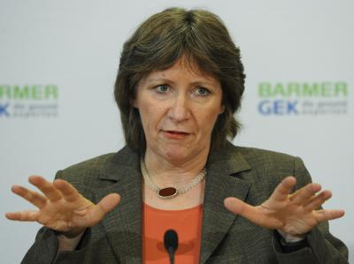 Die Vorstandsvorsitzende der Barmer GEK, Birgit Fischer. (Archivbild)