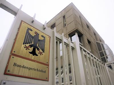 Eingangsbereich des Bundesgerichtshofs: Der BGH verurteilte einen Mann, für seine inzwischen verstorbene Mutter rückwirkend Sozialhilfe an die Stadt Gelsenkirchen zurückzubezahlen.