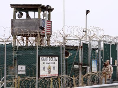 Das Gefangenenlager Guantánamo auf Kuba. Italien will drei Häftlinge des Lagers aufnehmen.