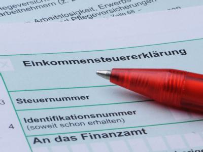 Auf dem Koalitionsgipfel am kommenden Sonntag dürfte Steuererleichterungen im Mittelpunkt stehen. Archivfoto: Armin Weigel