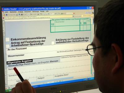 Etwa die Hälfte der Steuerzahler darf auf eine Mini-Steuerentlastung von bis zu 36 Euro hoffen.