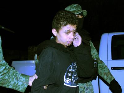 Der «El Ponchis» genannte Junge bei seiner Festnahme im Dezember 2010.