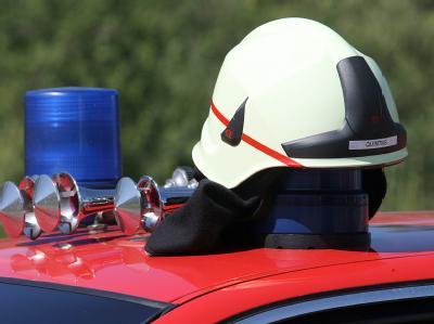 Die Feuerwehr traf nach dem Brandalarm wenig später ein, doch für den 81-jährigen Patienten kam jede Hilfe zu spät. Foto: Patrick Seeger/Symbolbild