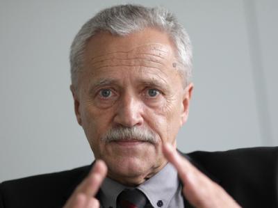 Verfassungsschutzpräsident Heinz Fromm. Foto: Kay Nietfeld / Archiv