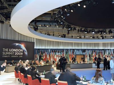 Die Staats- und Regierungschefs der G20-Staaten beraten im April 2009 in London über eine Neuordnung der Finanzmärkte.