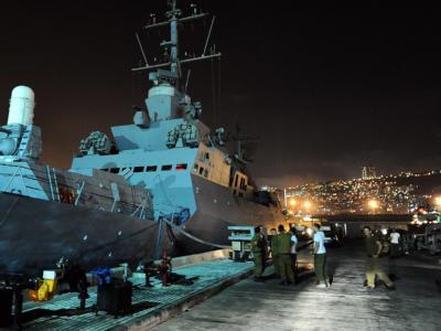 Soldaten im Hafen von Haifa