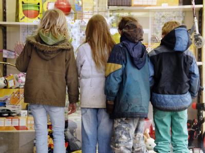 Die Regelsätze für Hartz IV müssen sich gerade bei Kindern stärker an der Realität orientieren, hatte das Bundesverfassungsgericht gemahnt.