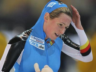 Die fünfmalige Eisschnelllauf-Olympiasiegerin Claudia Pechstein ist wegen Blutdopings gesperrt worden.