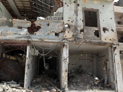 Zerstörungen in Homs: Nach Angaben der Opposition desertieren immer mehr Soldaten der syrischen Regierungstruppen. Foto: Youssef Basawi