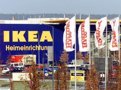 Ikea im Elbepark Dresden: Hier detonierte am Freitag ein Sprengsatz.
