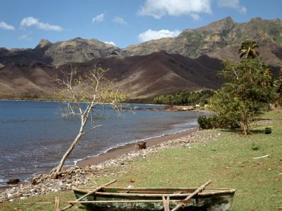 Strand der Insel Nuku Hiva, die zu den Marquesas-Inseln gehört. Foto: Kurt Scholz