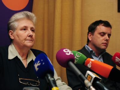 Marie Collins (L) and Andrew Madden, Opfer von Kindesmissbrauch in der irischen Kirche.