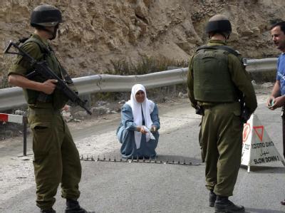 Israelische Straßensperre