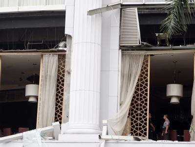 Mindestens neun Menschen sind bei den Anschlägen in der indonesischen Hauptstadt ums Leben gekommen.