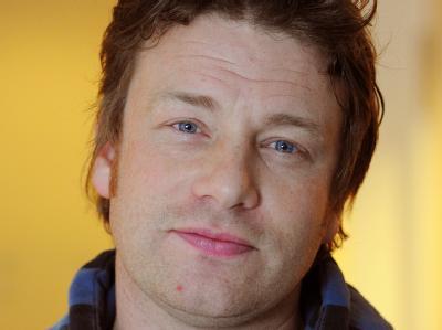 Opfer der Krawalle: Jamie Olivers Restaurant wurde beschädigt.