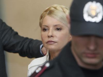 Julia Timoschenko während einer Anhörung im Gericht in Kiew. Foto: Sergey Dolzhenko/Archiv
