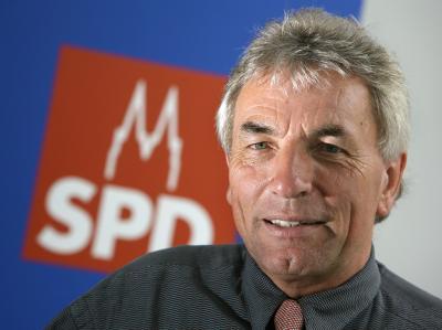 Nach einer Prognose wird Roters der neue Bürgermeister von Köln. (Archivbild)