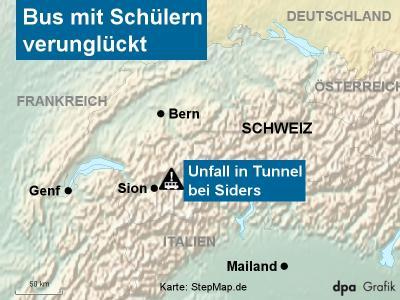 In der Schweiz ist ein Bus mit 52 Menschen verunglückt. Karte: Stepmap.de