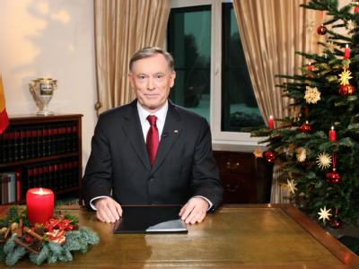 Bundespräsident Horst Köhler bei der Weihnachtsansprache 2009 im Schloss Bellevue.