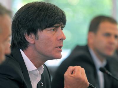 Bundestrainer Joachim Löw in der Zentrale des DFB in Frankfurt am Main während der Pressekonferenz.