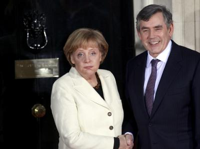 Bundeskanzlerin Angela Merkel und der britische Premierminister Gordon Brown wollen wirtschafts- und finanzpolitische Fragen besprechen. (Archivbild)