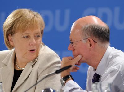Kanzlerin Merkel und Bundestagspräsident Lammert