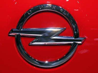 GM will Opel ohne Staatshilfen sanieren. Alle Anträge auf staatliche Bürgschaften in Europa wurden zurückgezogen.