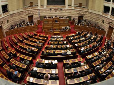 Das griechische Parlament hat den Haushalt 2012 für das von der Pleite bedrohte Euro-Land mit großer Mehrheit gebilligt. Foto:Alexandros Vlachos/ Archiv