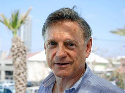 Der frühere israelische Botschafter in Deutschland, Avi Primor, nennt das Einreiseverbot für Grass