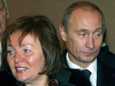 Wladimir Putin hält seine Frau Ljudmila sowie seine Familie aus der politischen Öffentlichkeit heraus. Foto: Sergei Chirikov