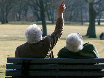 Laut einer aktuellen Studie hat jedes vierte heute geborene Mädchen eine Lebenserwartung von 100 Jahren.