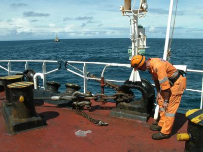 Frachterbergung am Great Barrier Reef