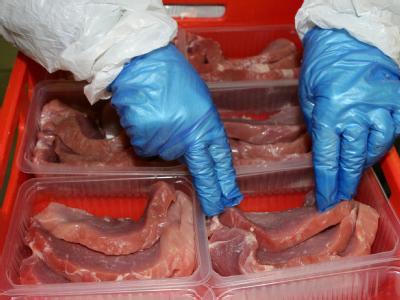 Laut Verbraucherschutzministerium stellt der Einsatz von Sauerstoff-Gasgemischen bei verpacktem Frischfleisch kein Risiko für die Verbraucher dar.