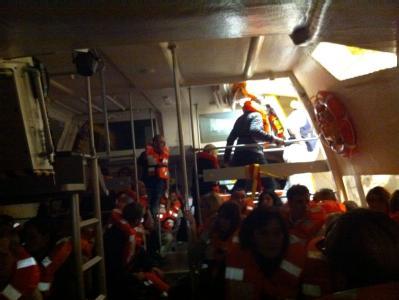 Überlebende des «Concordia»-Schiffunglücks sollen von der Reederei eine Entschädigung von je 11 000 Euro bekommen. Foto: Peter Honvehlmann