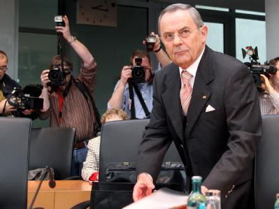 Der frühere Bundeswehr-Generalinspekteur Wolfgang Schneiderhan (Archivbild)